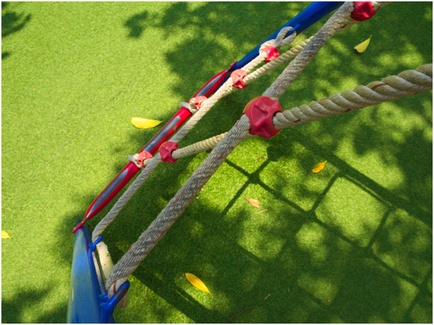 4 Benefits of Artificial Turf for Playgrounds