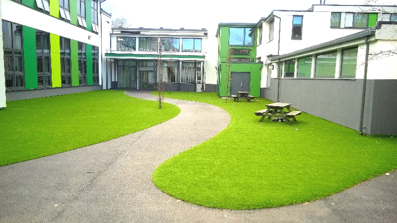 Synthetic Grass Design Adds Appeal