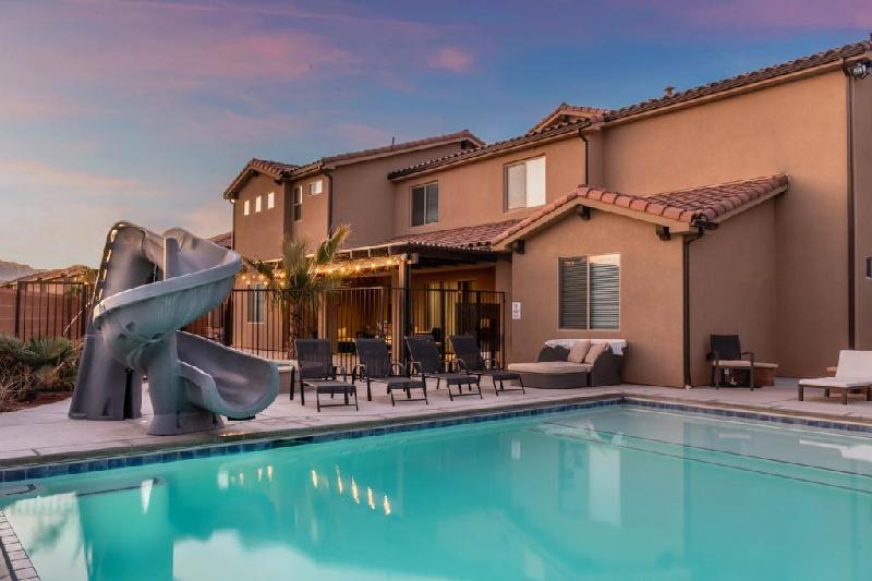Book resort vacation properties in St. George, Utah