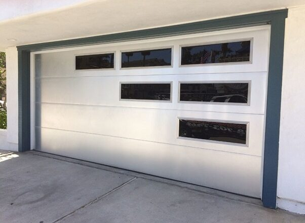 Learning the Tips to Buy a Customized Garage Door
