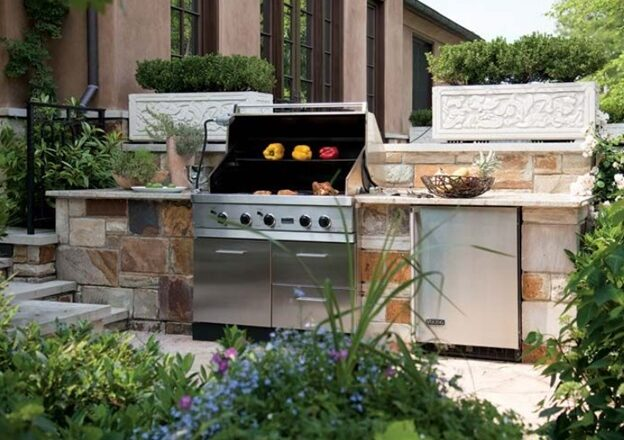 Why People Construct an Outdoor Kitchen