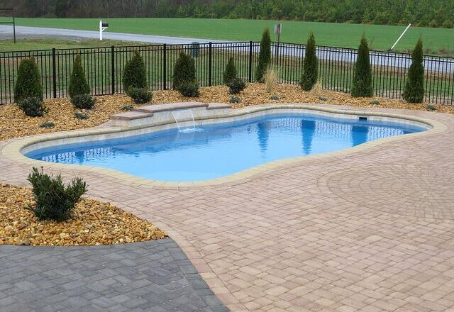 A Guide to Determining the Best Pool Design for Your Home