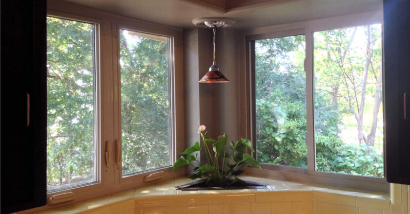 Which is better casement or sliding windows?