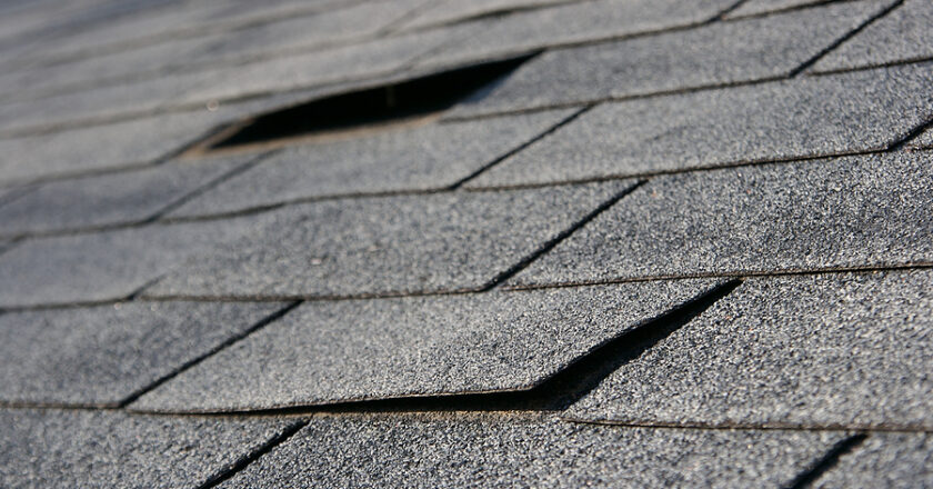 Few Common Reasons For Damage Of Your Commercial Roof