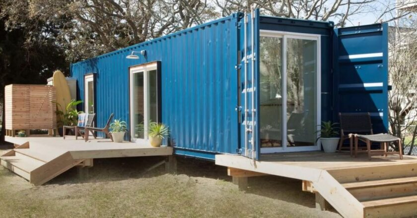 Shipping Containers: Hire them or buy them on sale?